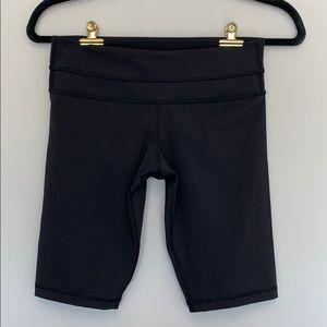 Lululemon Black Biker Shorts - Never Worn